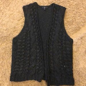Gap sweater vest small with shimmer